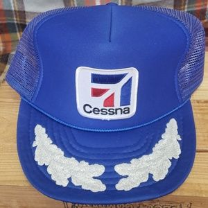 775c60bf15f84 Accessories - Vintage Cessna trucker hat like new